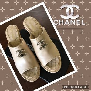 🍃🌸Chanel Wedge Clogs